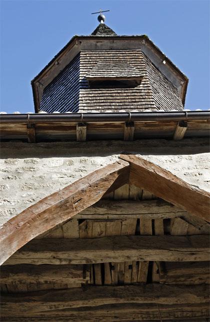 Le clocher et le porche