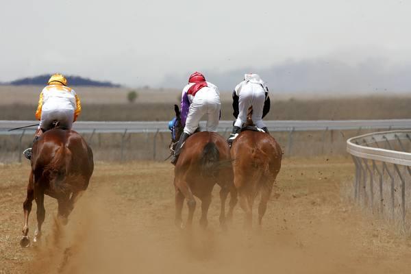 cooma races06 race2.jpg