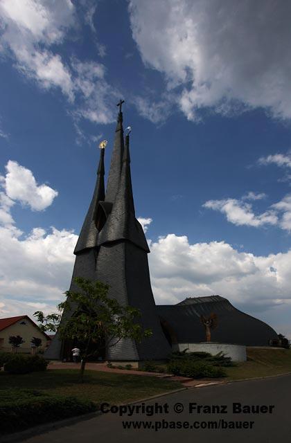 Paks,church