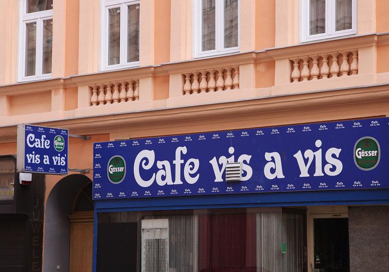 Cafe vis a vis