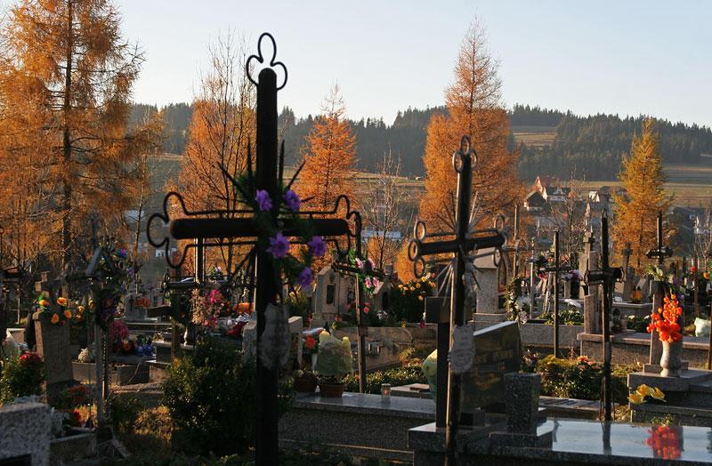 graveyard in Orawka