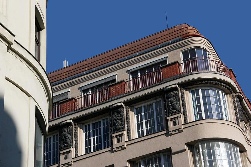 Art Deco22