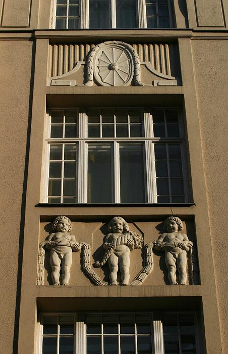 Art Deco38