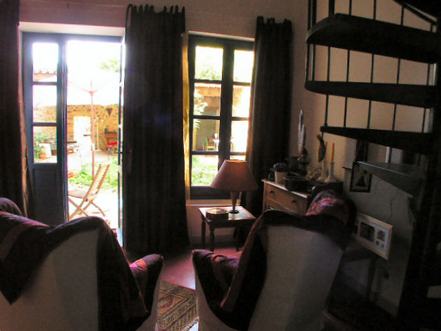 studio to courtyard