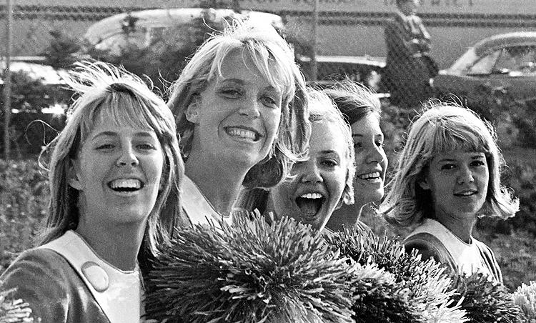 Pom-pom girls, 1966