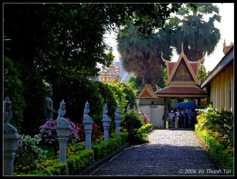 Entrance to Royal Palace, Phnom Pehn