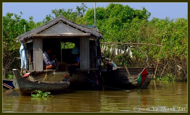 Daily life on boat house