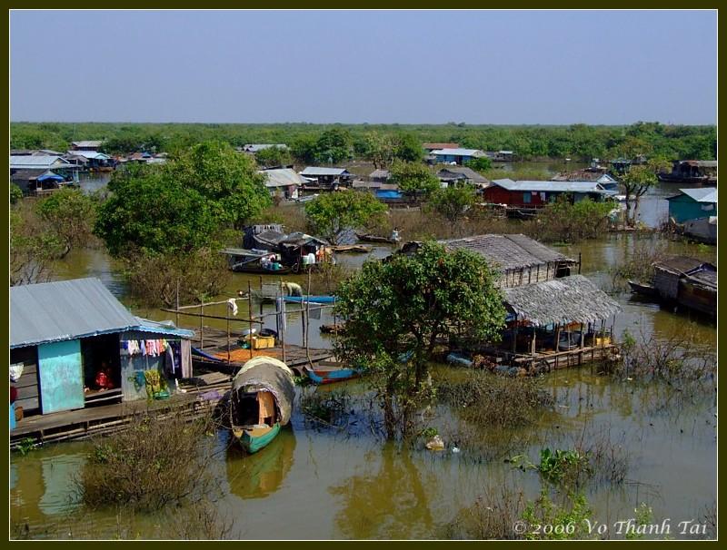 Floating community