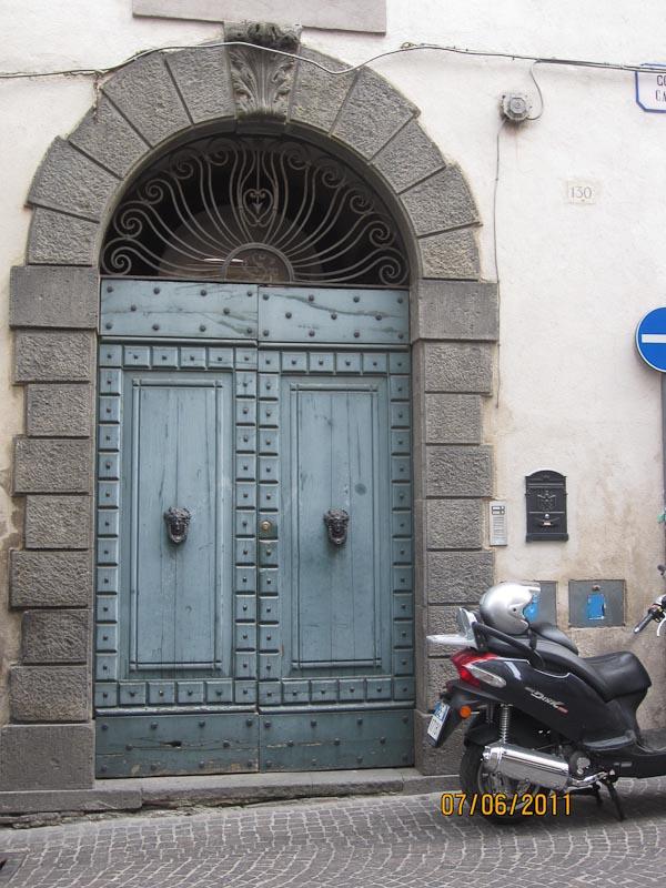 Orvieto,  doors