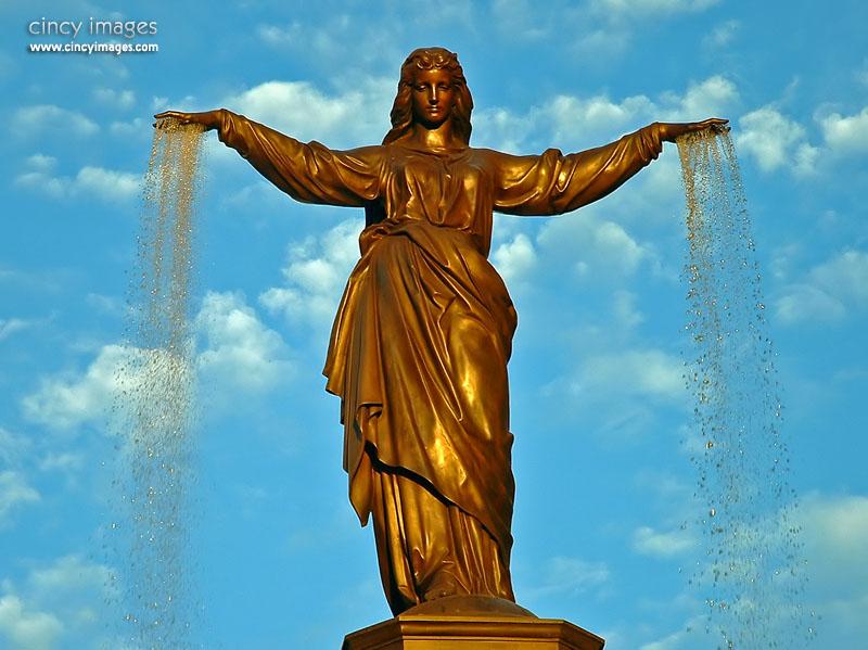 FountainSquare2j.jpg