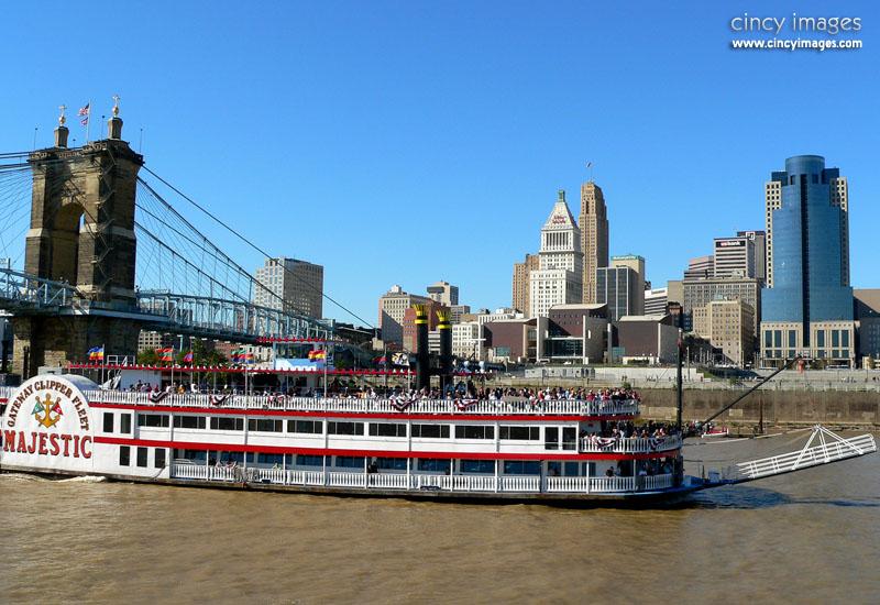 CincinnatiSkylineDay2g.jpg