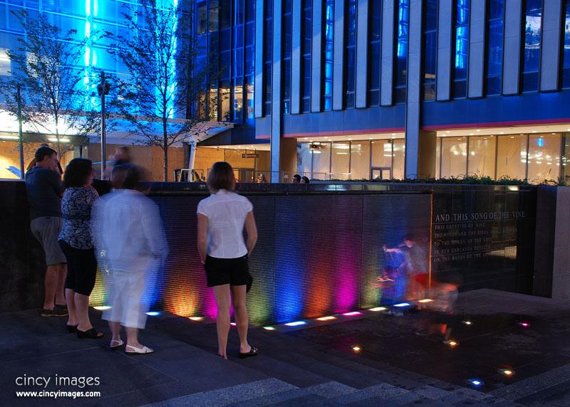 FountainSquare1z.jpg
