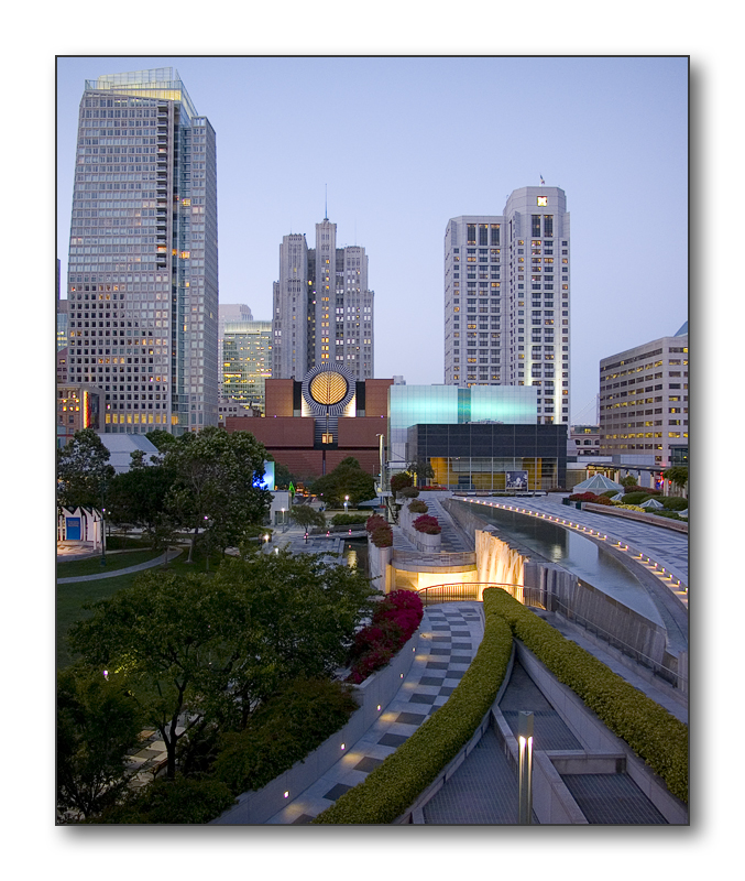 <b>The Esplanade and SFMOMA</b><br><font size=2>Yerba Buena</font>