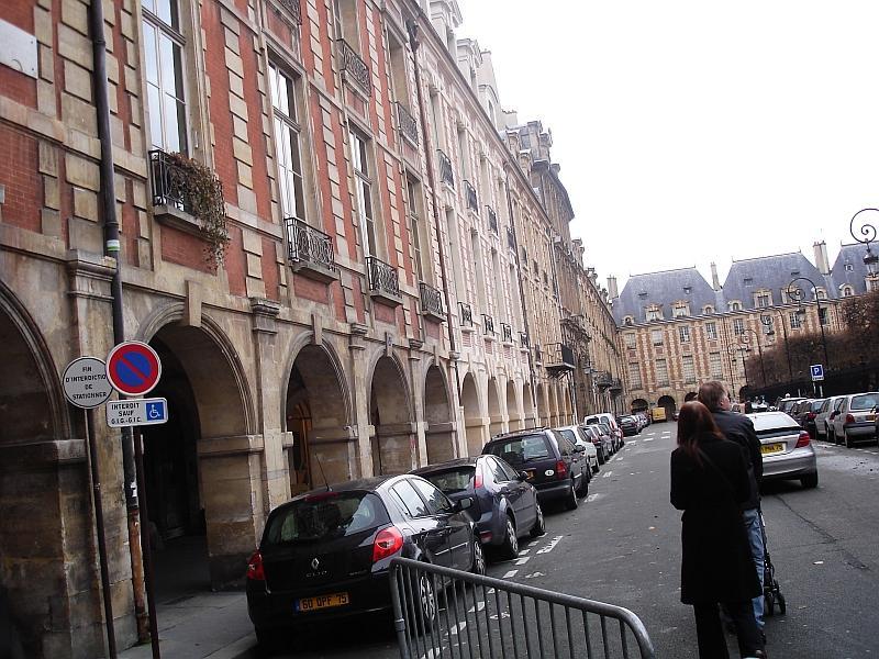 trip le Paris16 Streets off Paris.jpg