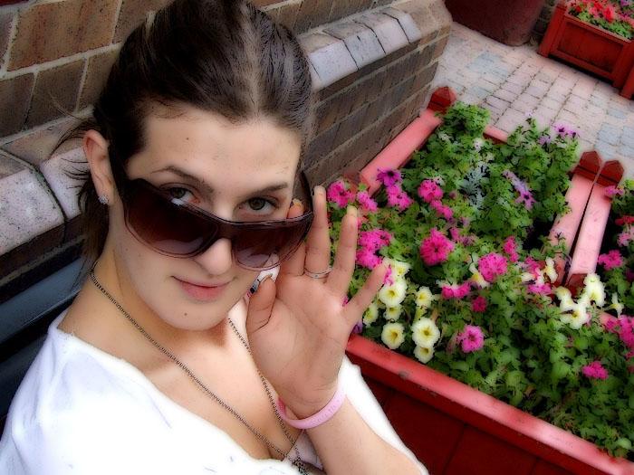 Hannah & Flowers