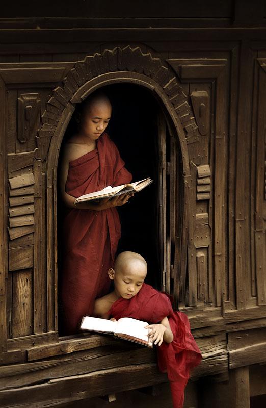 novice monks 3