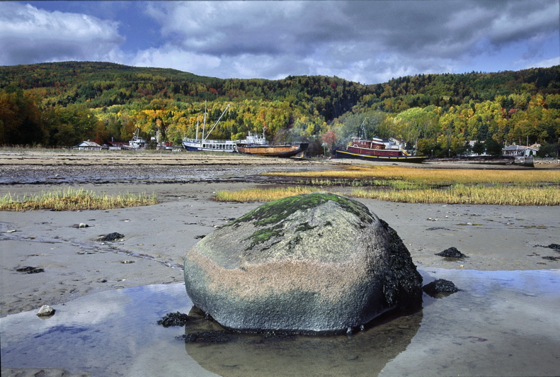 PB_T0522p_Seascape_and_low_tide:Maree_basse_Charlevoix_Que.jpg