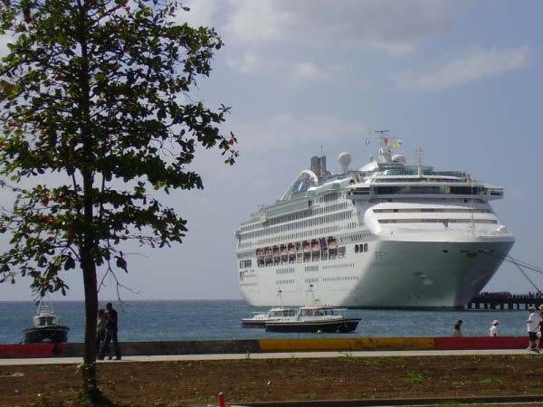 Le Cruise Fort-de-France
