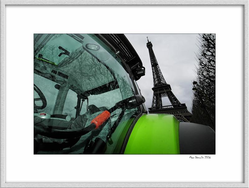 Tractor on Champ de Mars