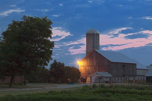 Barn In First Light 19959-61