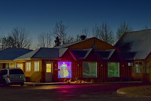 Best Inn At First Light 02397-406