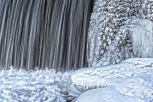 Edmonds Dam Water Ice Snow 20130206