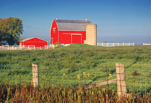 Really Red Barn 68233