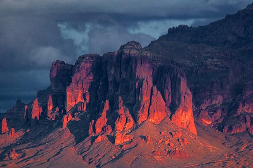 Superstition Mountain 81301