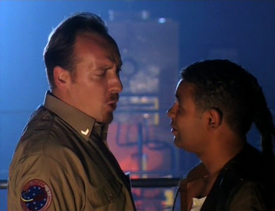 Red Dwarf S08E01 - Back in the Red (Part 1) 0710.jpg