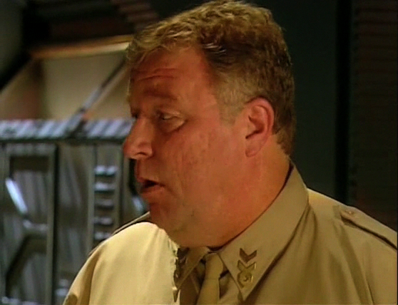 Red Dwarf S08E01 - Back in the Red (Part 1) 1017.jpg