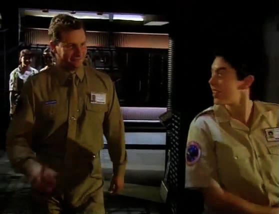 Red Dwarf S08E01 - Back in the Red (Part 1) 1640.jpg