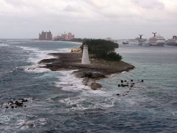 Port of Nassau Lighthouse