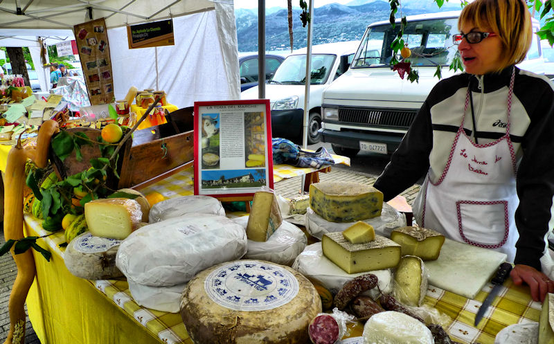Sunday market in Stresa