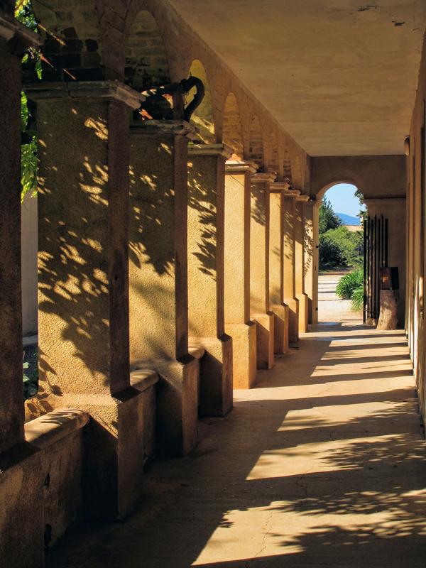 The  peaceful cloister...