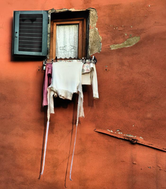 Small secrets of a small window