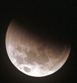 Lunar Eclipse Jan01 early MTO1100 No.9a edits web.jpg