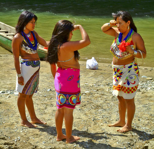 Rio Chagres - Embera Tribe - Morning Rumours