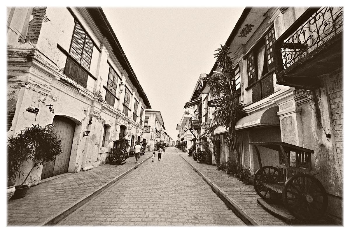 Crisologo St, Vigan, Ilocos, Philippines