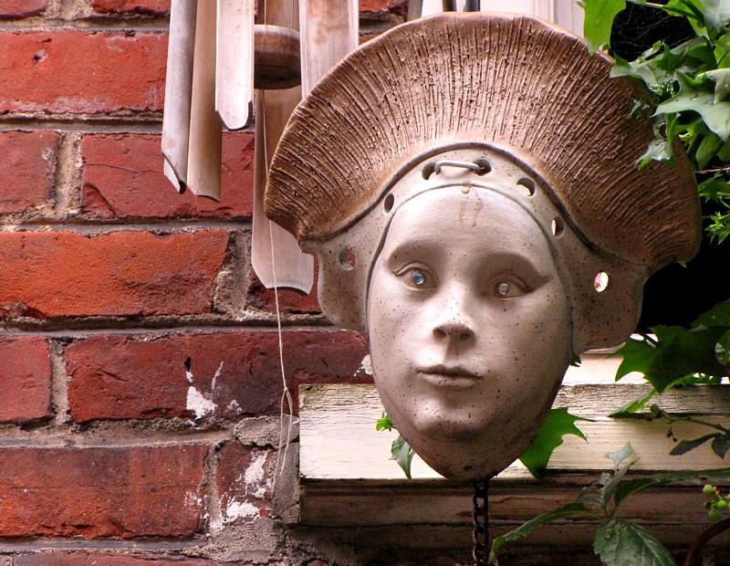 Masque décoratif au Petit Champlain