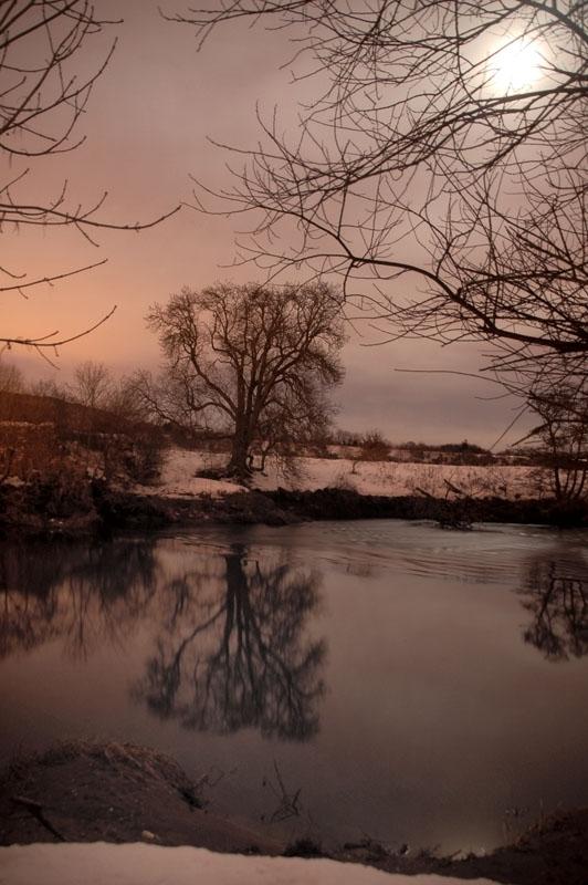 1st January 2010 <br> River Earn