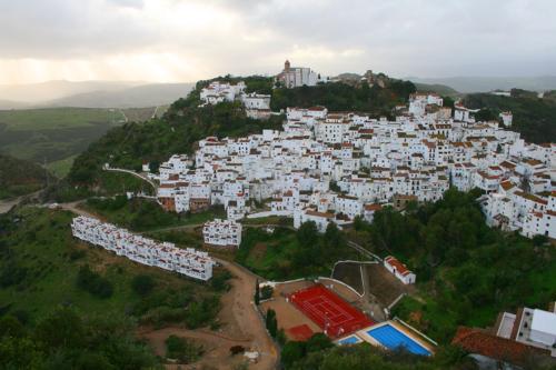 8227 Overlooking Casares.jpg