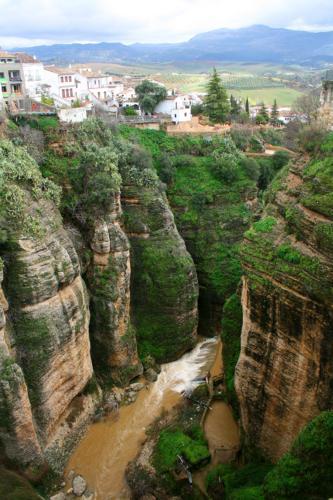 8425 El Tajo Gorge Ronda.jpg