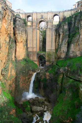 8449 Puente Nuevo Ronda.jpg