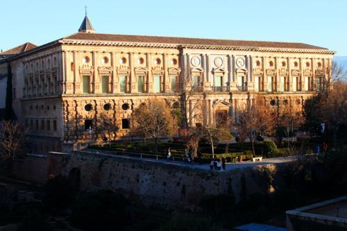 8349 Palacio Carlos V.jpg