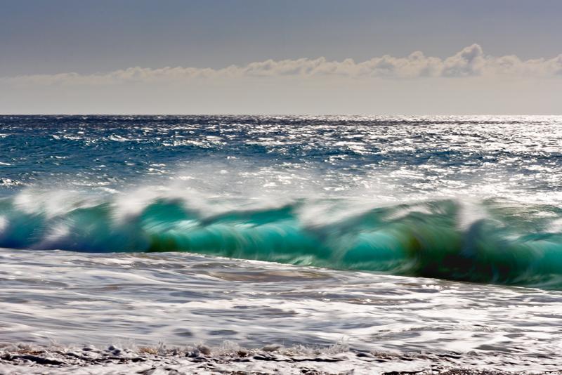 wave 02704