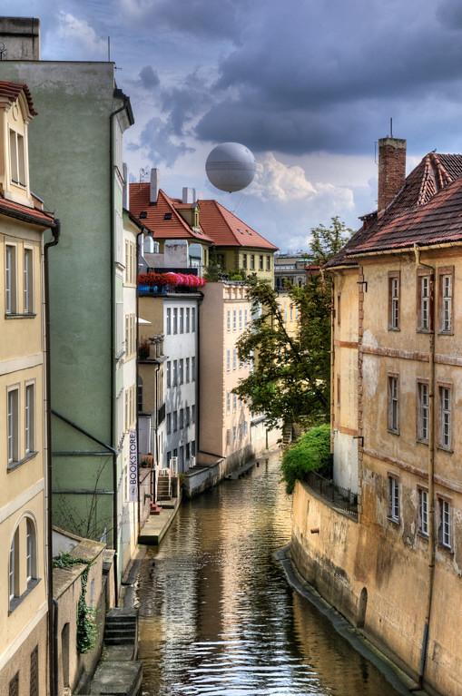 PRA_5202_Vtlava River Canal: Prague