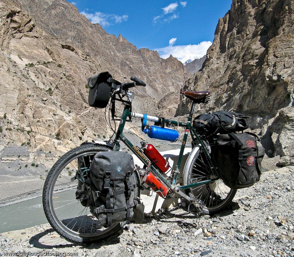 306    Stephen - Touring Pakistan - Roberts Roughstuff touring bike