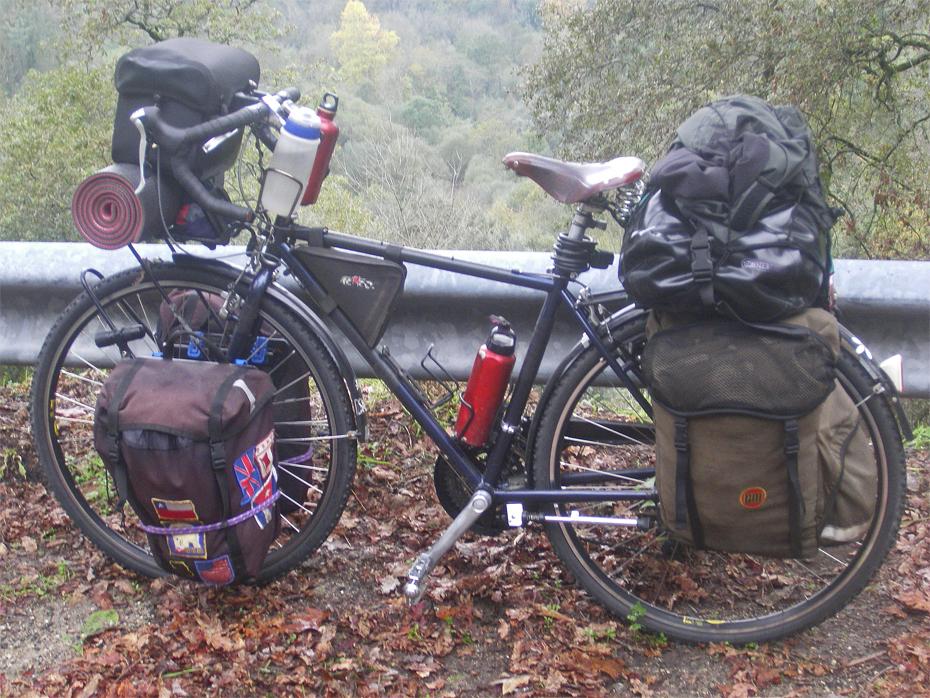 143  Roberto - Touring Portugal - Trek 700 touring bike