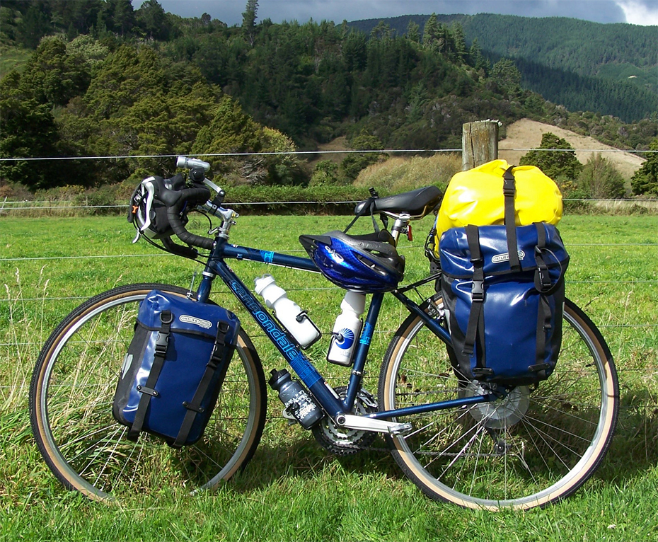 169   Rick - Touring New Zealand - Cannondale T800 touring bike