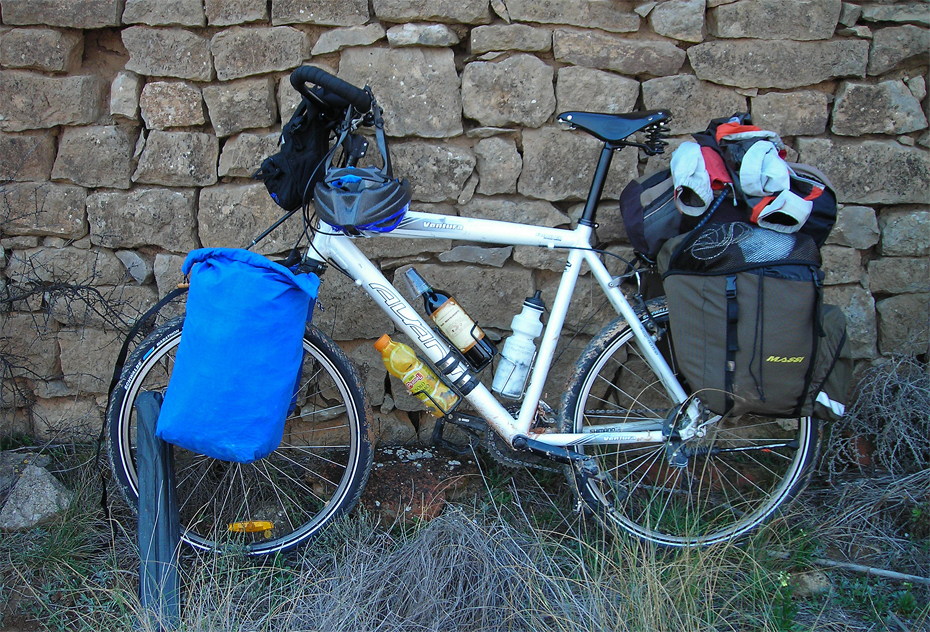 174  Josep - Touring Spain - Avanti Ventura touring bike